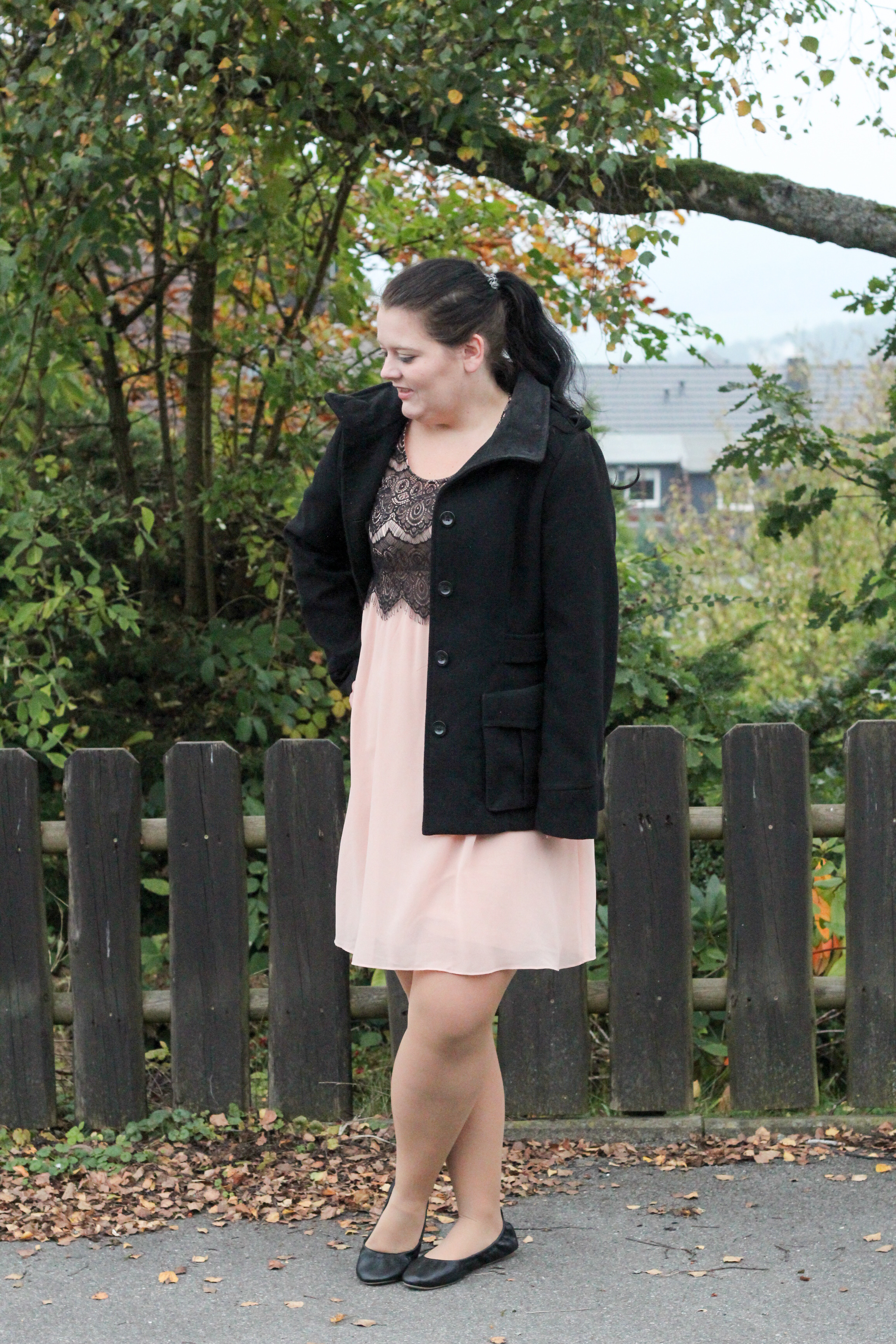 (Outfit) Rosa & Black
