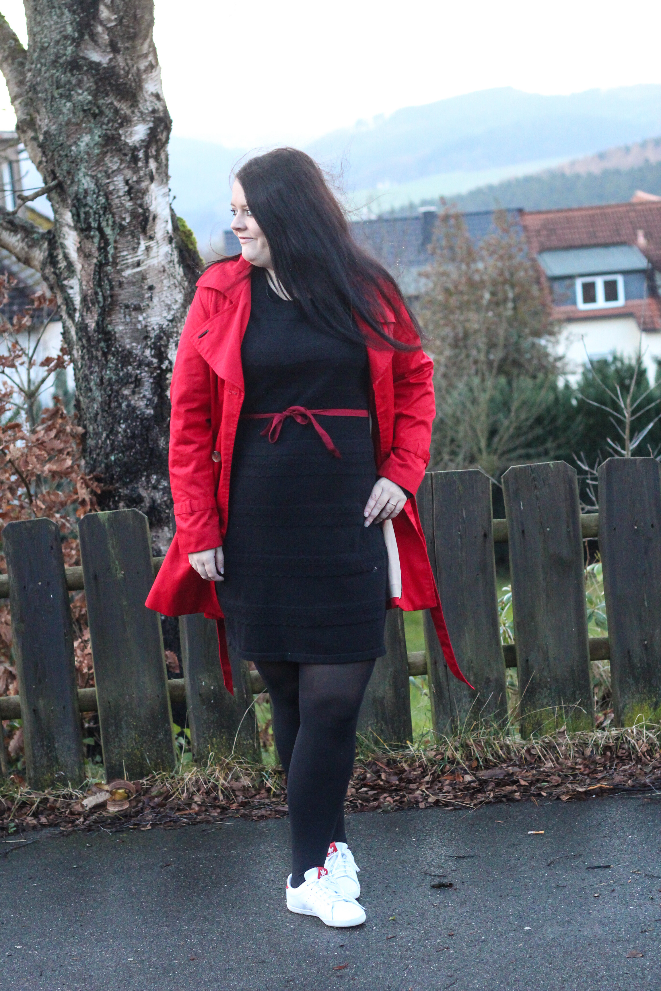(Outfit) Black & Red