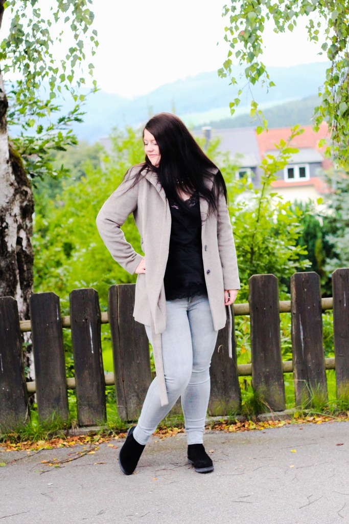 (Outfit) Shades of Grey