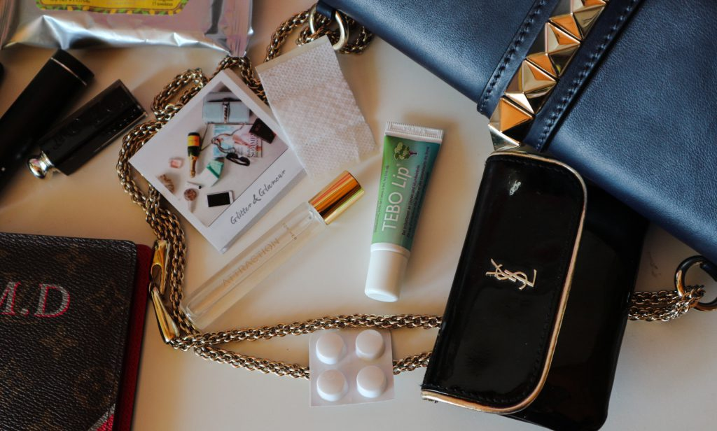 Whats in my Valentino Glam Lock?