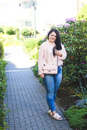 (Outfit) Semitransparente NA-KD Bluse